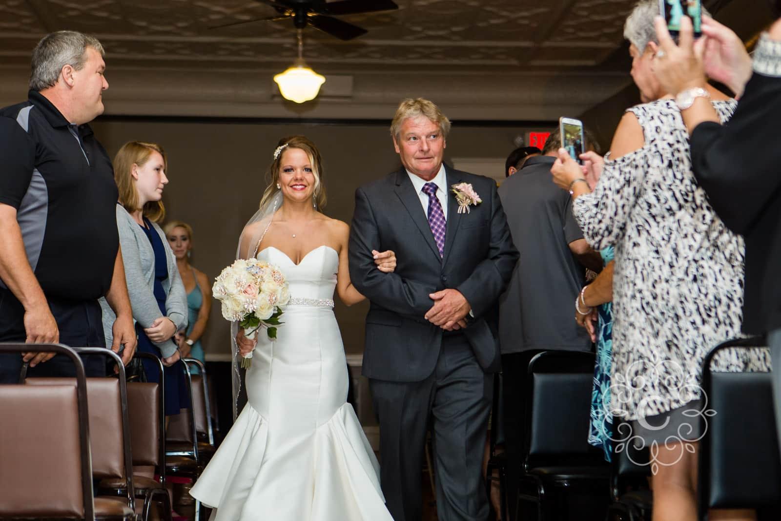 MN Brewery Wedding Photos