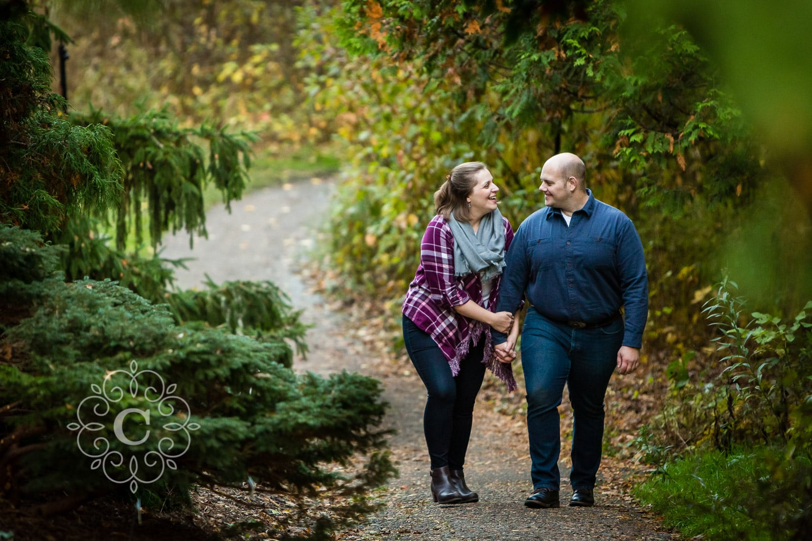 MN Landscape Arboretum Fall Engagement Photo