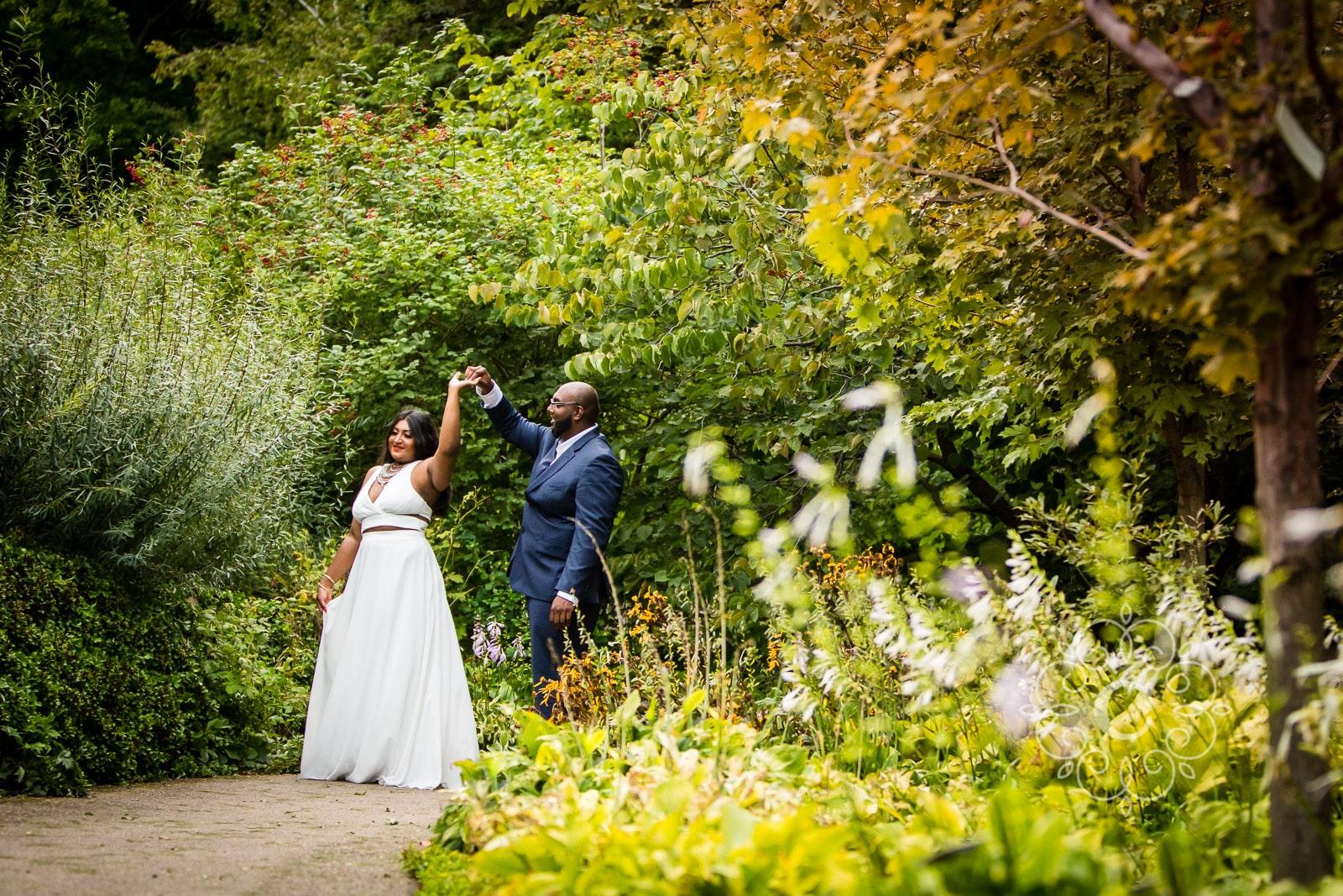 MN Landscape Arboretum Engagement Photo