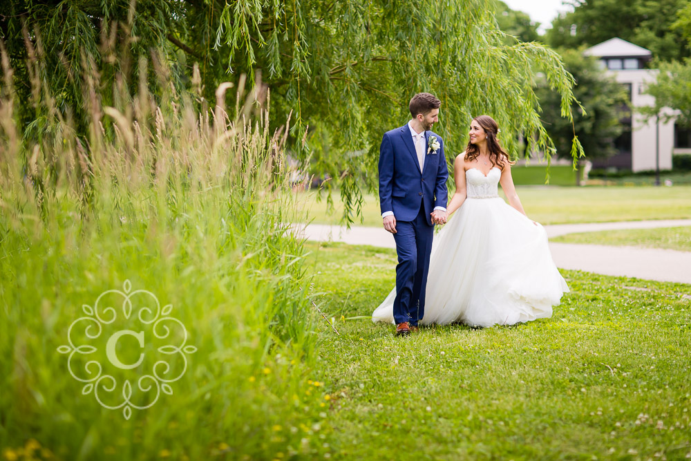 Lake of the Isles Lutheran Church Minneapolis Wedding Photo