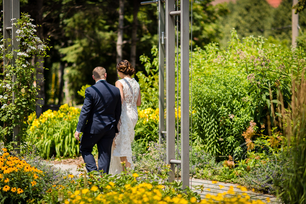Minneapolis Sculpture Garden Wedding Photos | Lisa + Josh