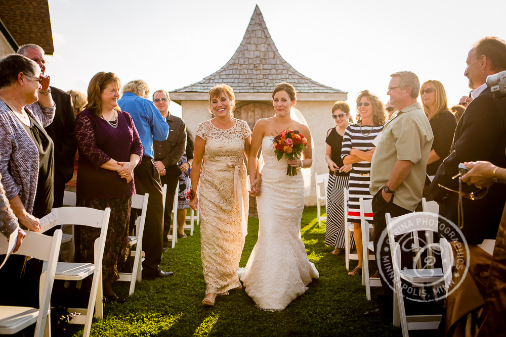 minnesota vineyard winery wedding photo 31 Minnesota Vineyard Winery Wedding | Katie + Bob