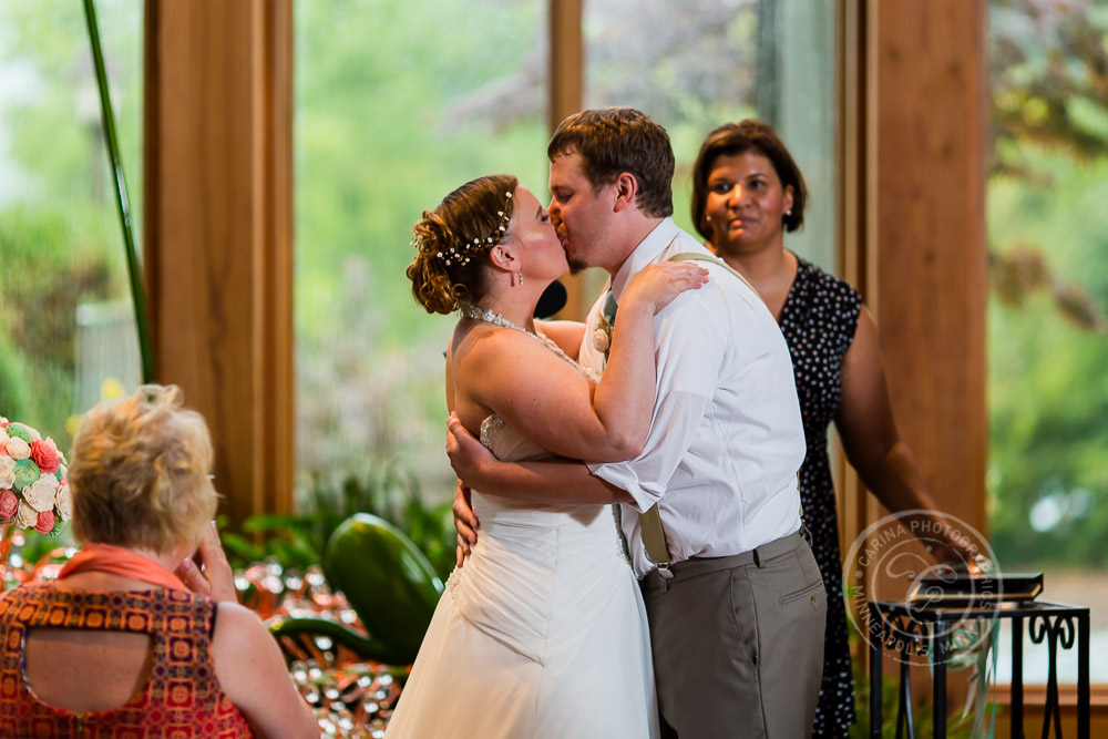 Minnesota Landscape Arboretum Wedding Photos