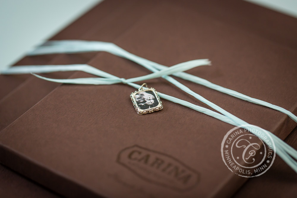 Carina Photographics Photography Packaging Print Box Charm Closeup