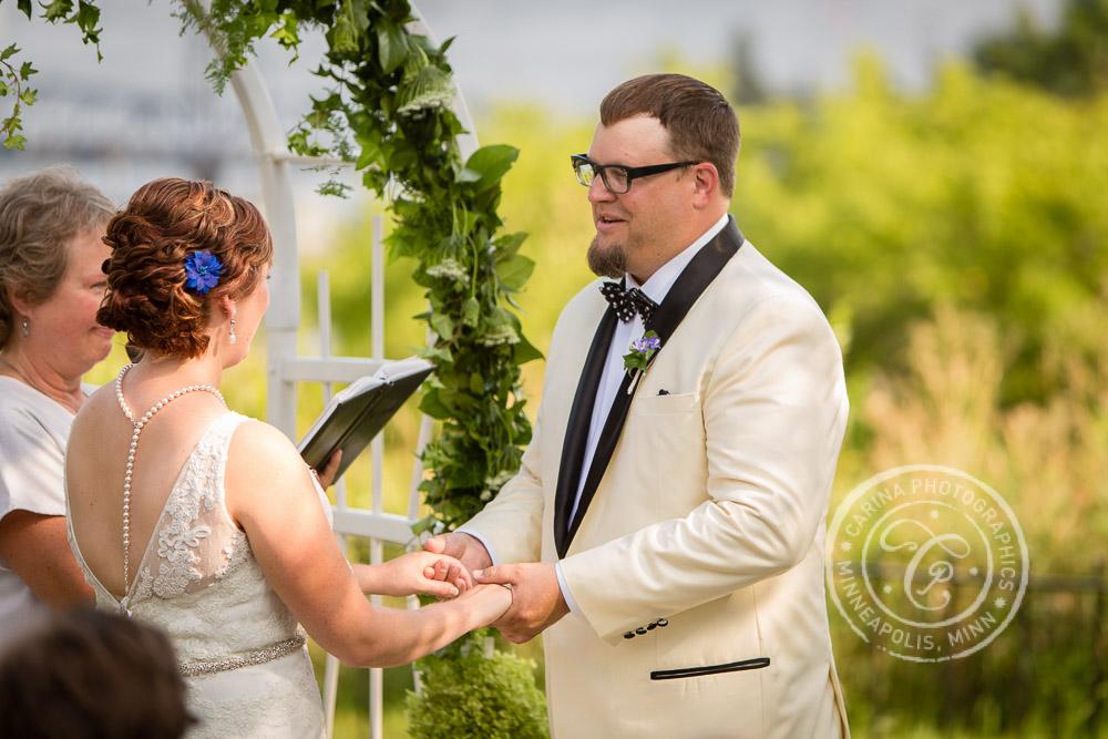 stillwater mn pioneer park wedding photo 4 Pioneer Park Stillwater MN Wedding | Brian + Liz