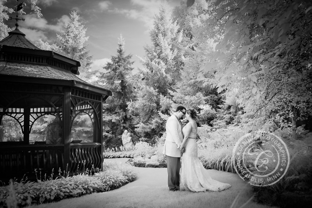 Stillwater MN Rivertown Inn Wedding Photo